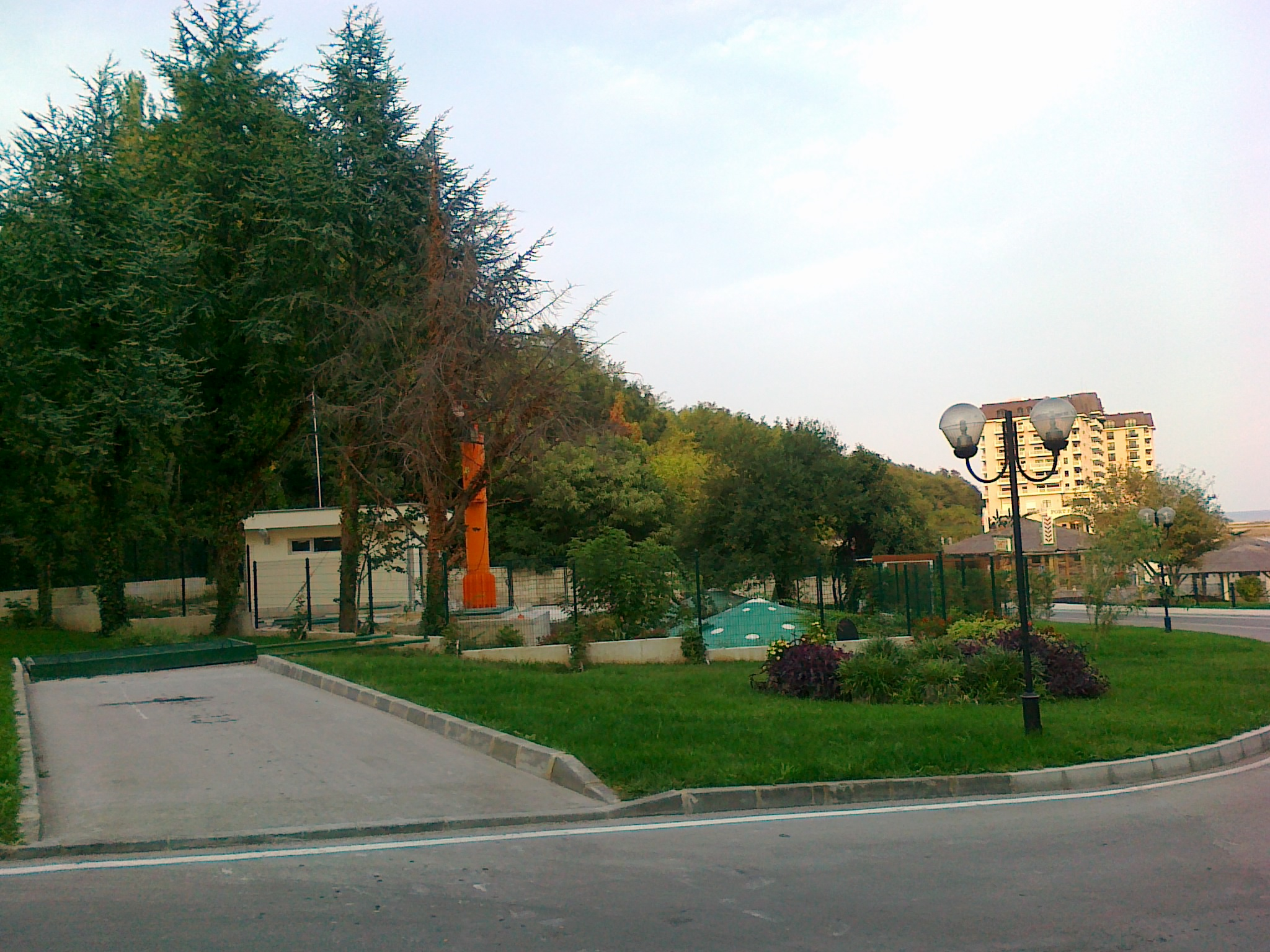 Plot of land with house, Varna, St. St. Konstantin and Elena
